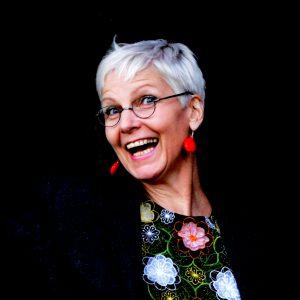 BeraTina Interview mit Birgit Kraneiß-Hopp alias BIGGI Hopp Erzähltheater